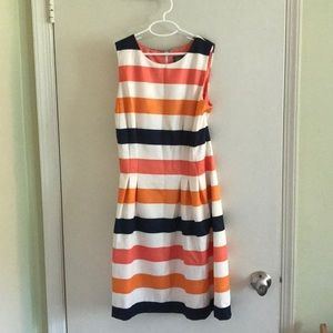 Vince Camino striped dress with pockets!